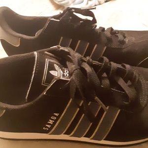 Adidas Samoa men size 9 .Great condition.